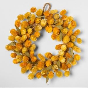 SMITH & HAWKEN | Mini Dried Globe Flower Wreath